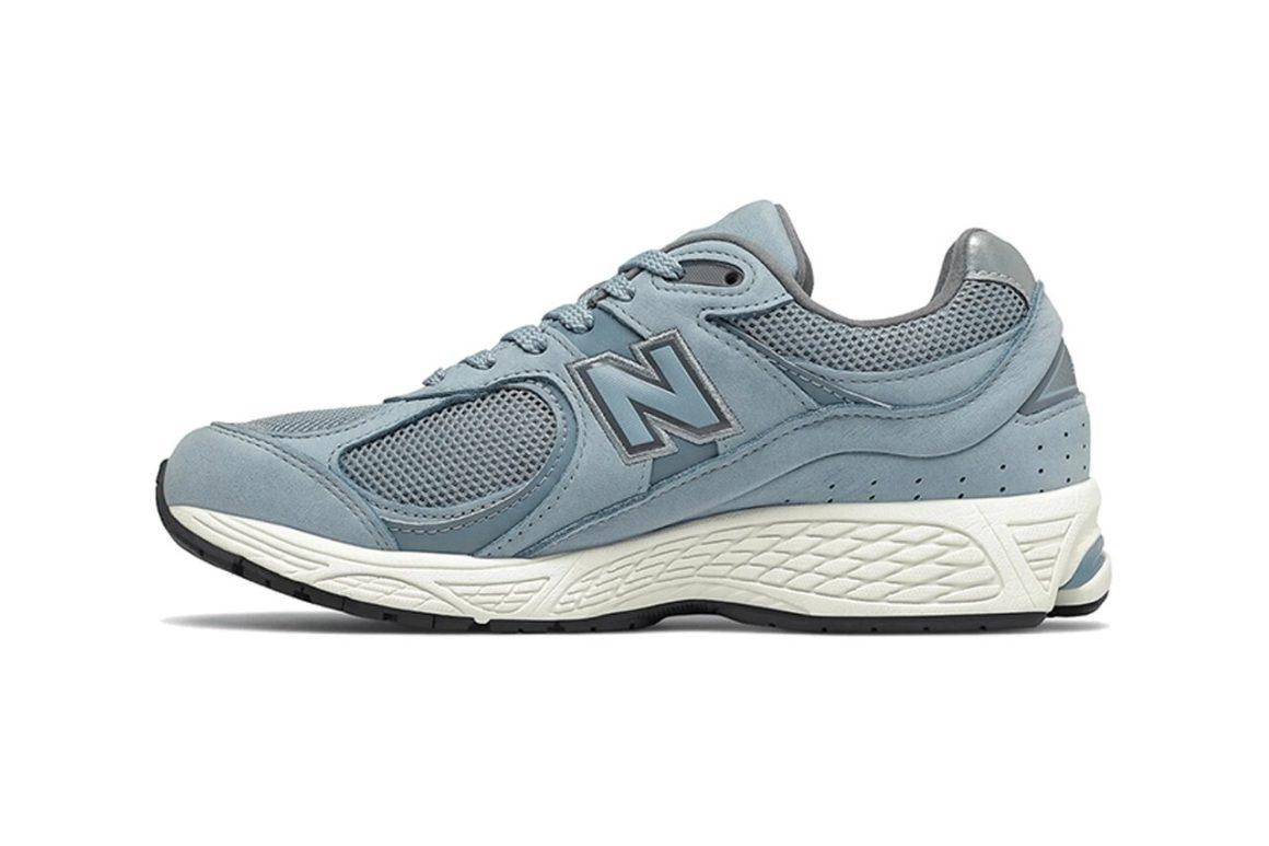New-Balance-2002R-Light Blue