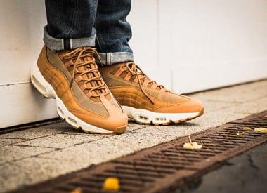 Nike_AM95_boot_Vb