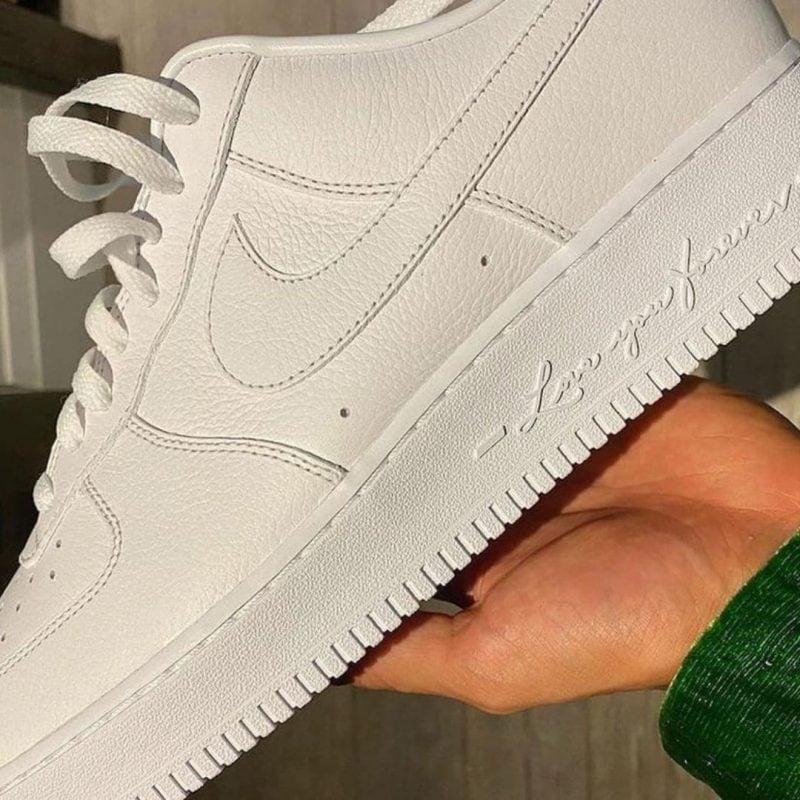 Drake x Nike Air Force 1 Low Certified Lover Boy DA3825-100 Titel