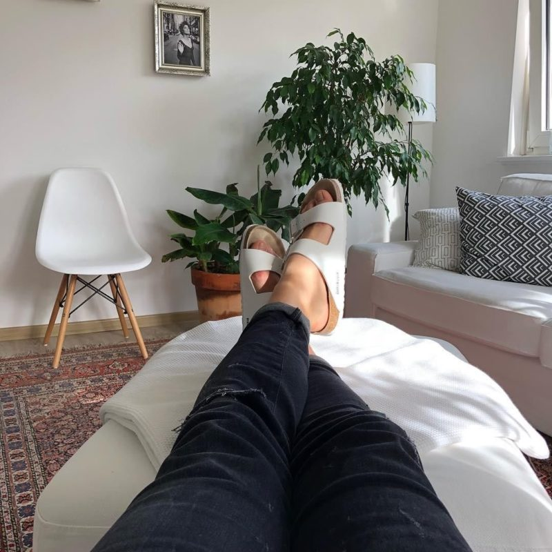 Hausschuhe-BIRKENSTOCK-cozy-at-home