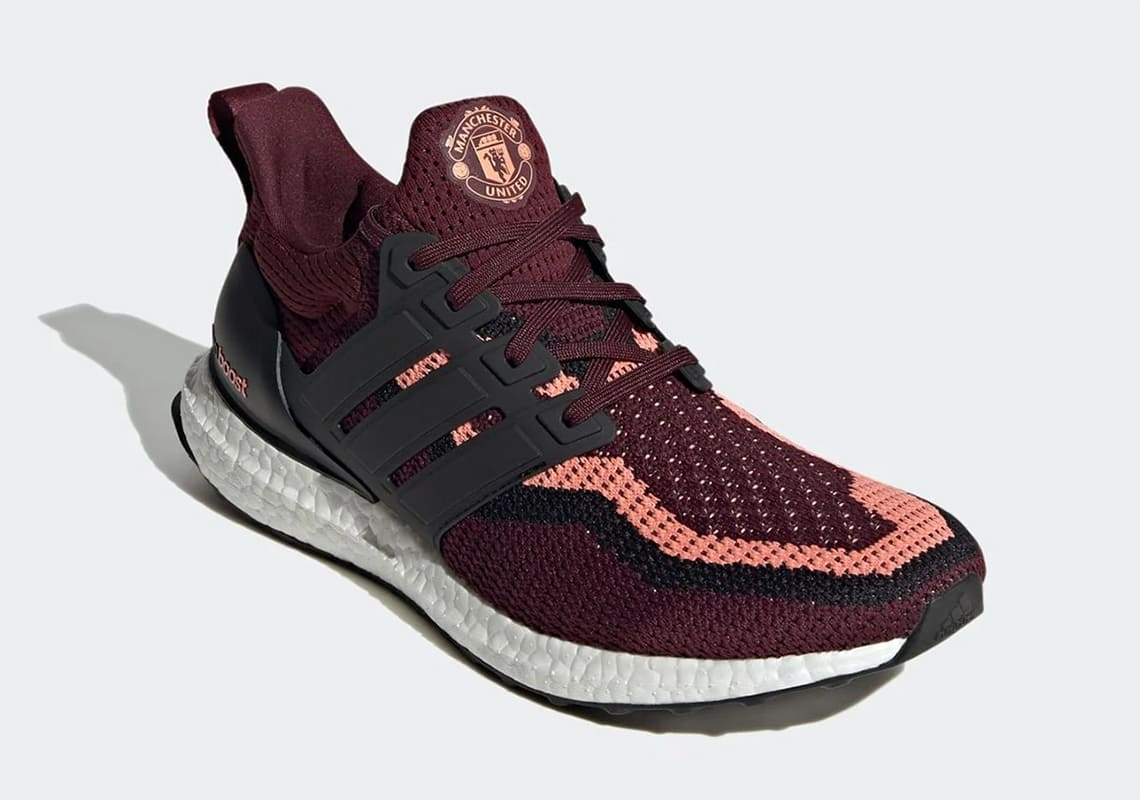Manchester-United-adidas-Ultra-Boost-dna-FZ3620-release