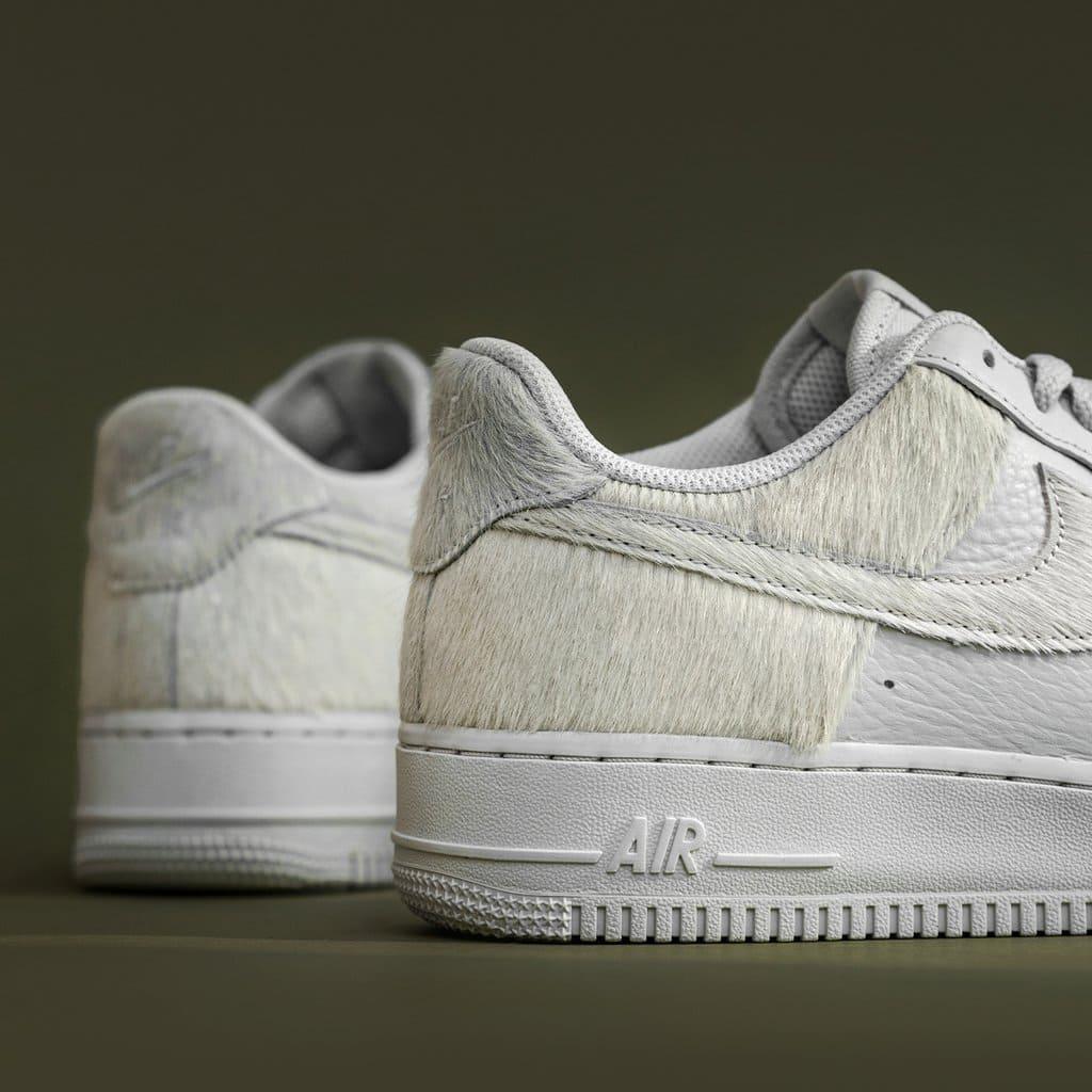 Nike Air Force 1 Photon Dust Detail Ponyhaar