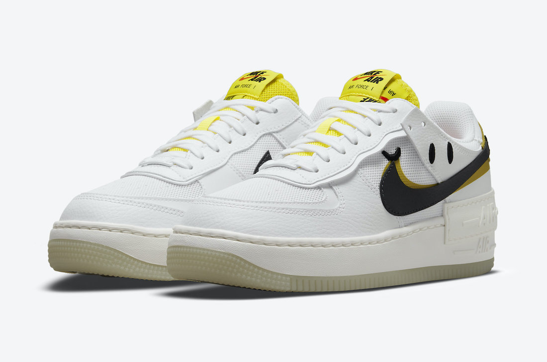Nike Air Force 1 Shadow Go the Extra Smile DO5872-100 Lateral