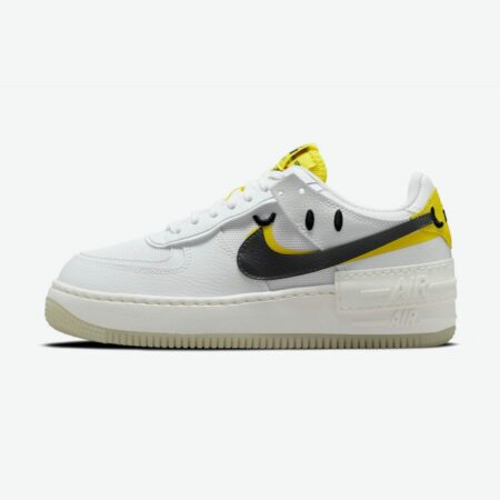 Nike Air Force 1 Shadow Go the Extra Smile DO5872-100 Titel