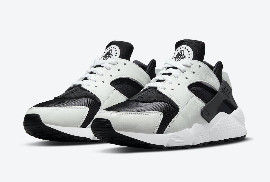 Nike Air Huarache Black and White Frontview