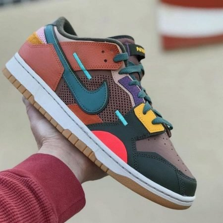 Nike Dunk Low Scrap Archeo Brown In Hand