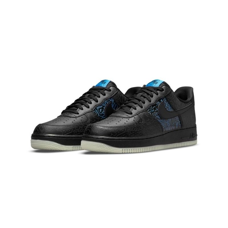Space Jam x Nike Air Force 1 Low Computer Chip Titel