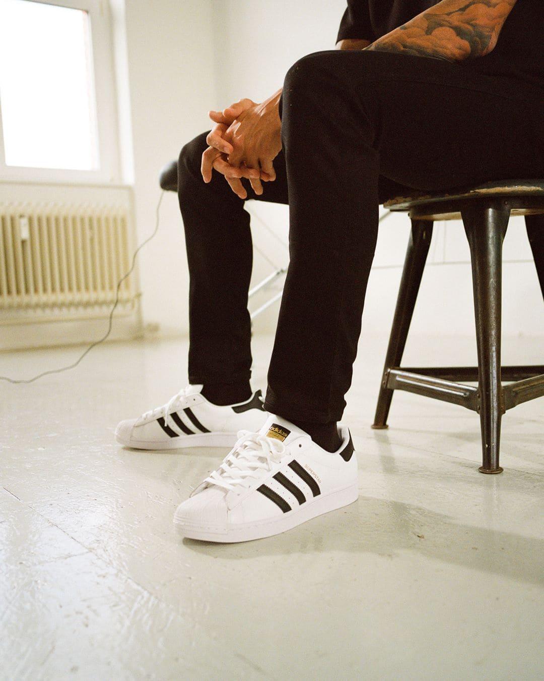 adidas-originals-superstar-sneaker-c77124