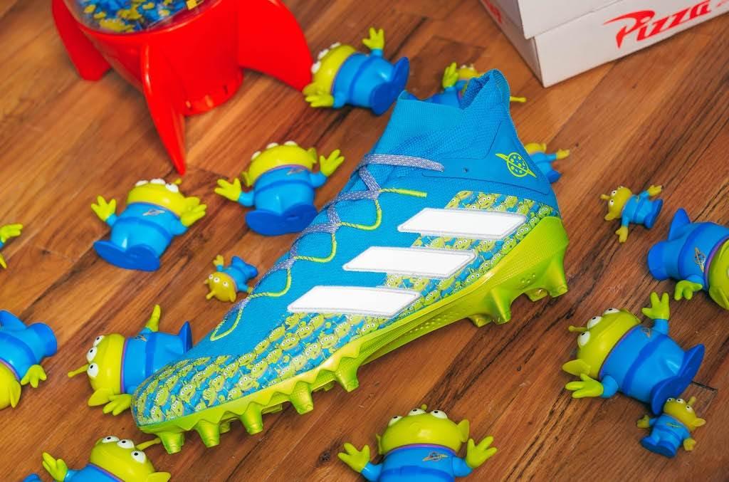 adidas-x-pixar-toy-story-aliens-x-freak-football-cleat-2