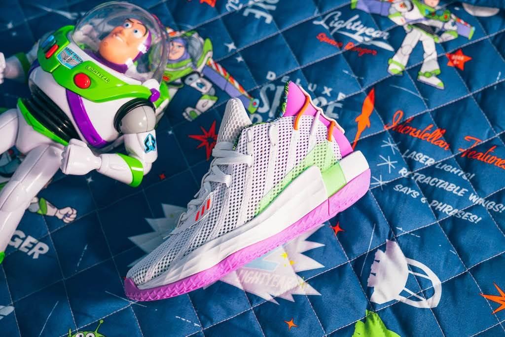 adidas-x-pixar-toy-story-dame-7-x-buzz