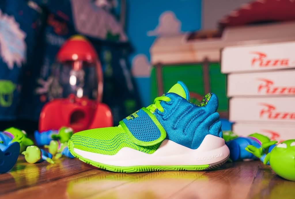 adidas-x-pixar-toy-story-deep-threat-x-aliens
