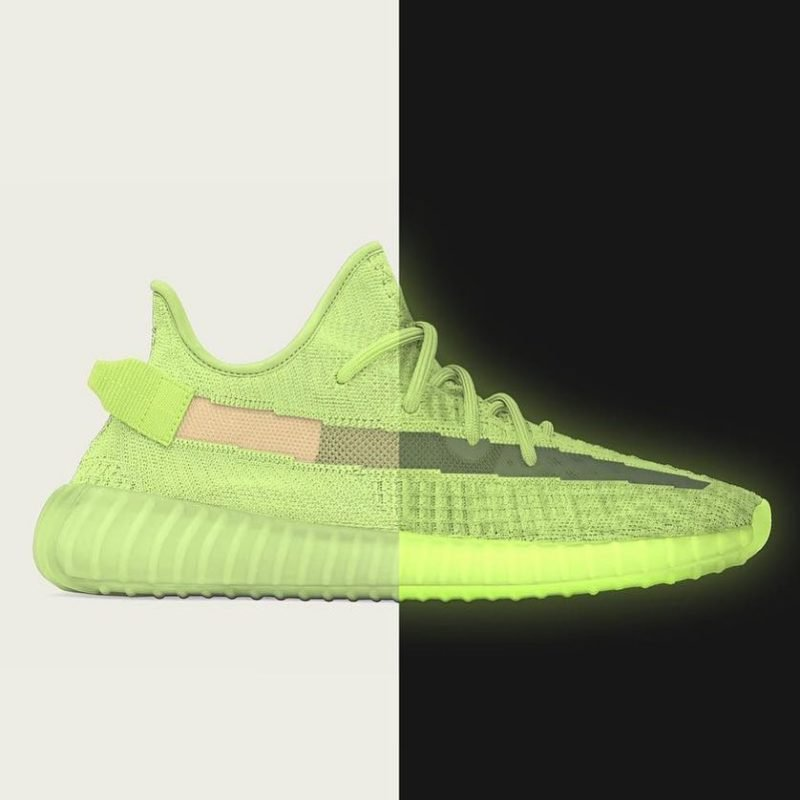outlet online on feet images of new york 3 neue adidas YEEZY Boost 350 V2