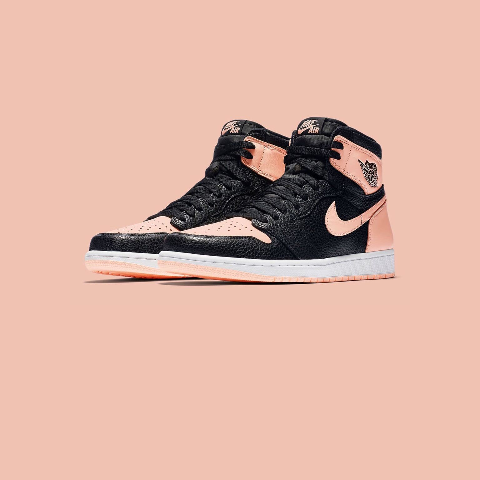 air-jordan-1-crimson-tint-555088-081-00