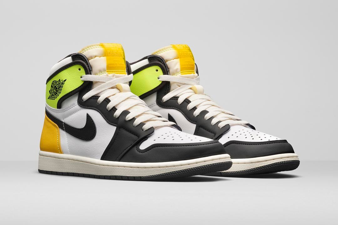 air-jordan-1-retro-high-og-volt-university-gold-555088-118-01-1