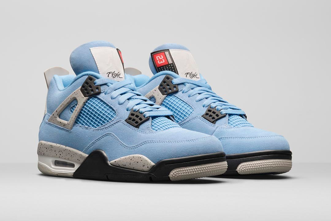 air-jordan-4-university-blue-ct8527-400-02