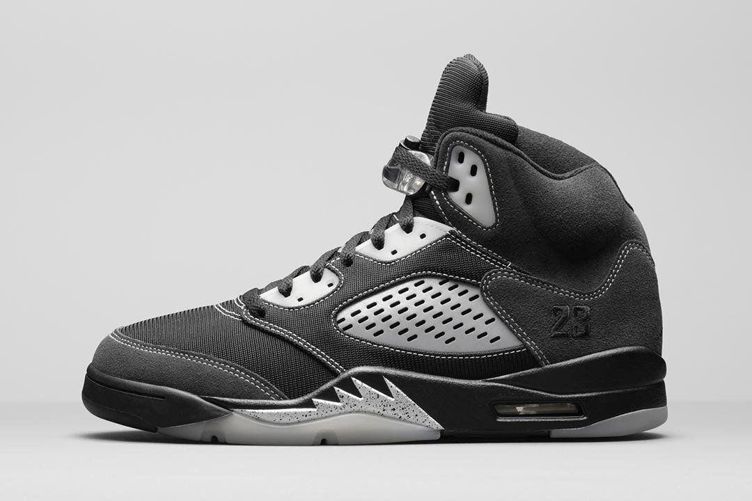 air-jordan-5-retro-anthracite-DB0731-001-01-1