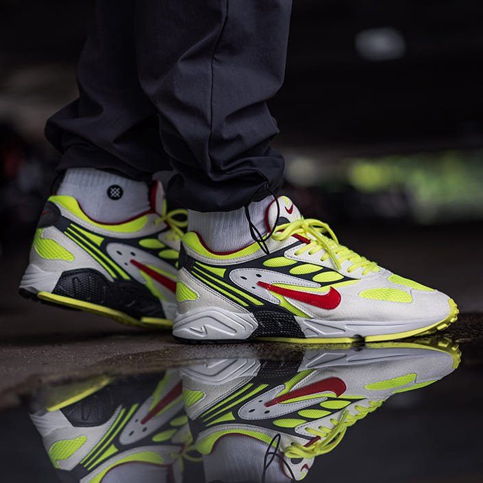 nike-ghost-racer-T5410-100