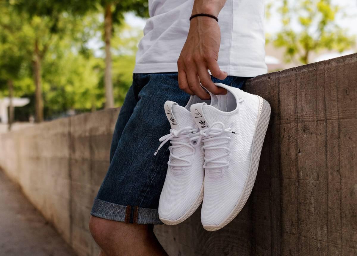 product-focus-adidas-tennis-hu-B41792-01-asphaltgold